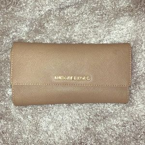 Michael Kors Wallet - Taupe